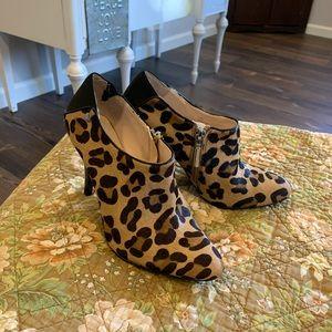 Calvin Klein leopard print booties size 6